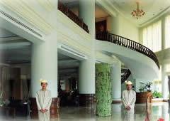マンダレーリゾートホテルロビー